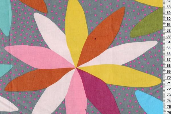 Anna Maria Horner Passionflower Cartwheel grey
