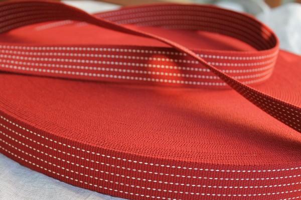 Gurtband 3,5 cm rot mit gestrichelter Linie