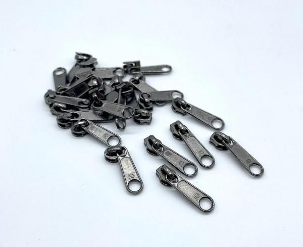 Bügelschieber für metallisierte Reißverschlussmeterware schmal titan