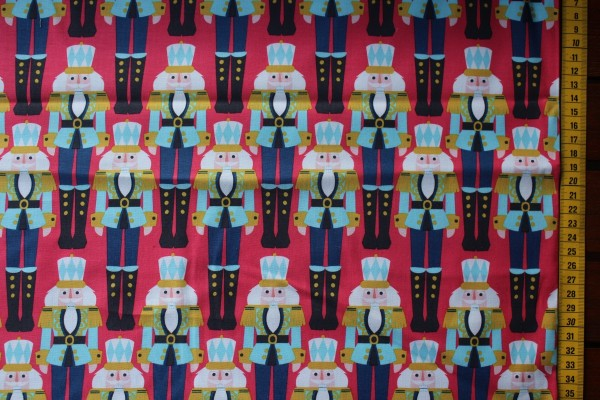 Snowflake Waltz Nussknacker rot by Maude Asbury