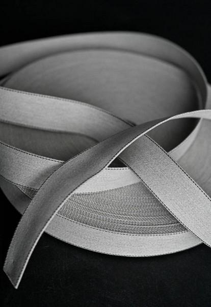 Gurtband Howell Grey Marl hellgrau mit feinem dunklem Randstreifen