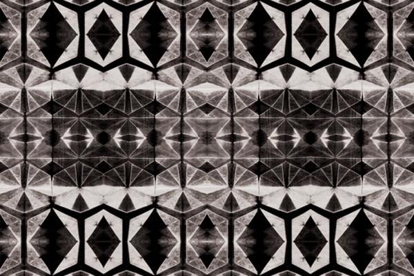 Shirbori Dye black by Kim Eichler-Messmer