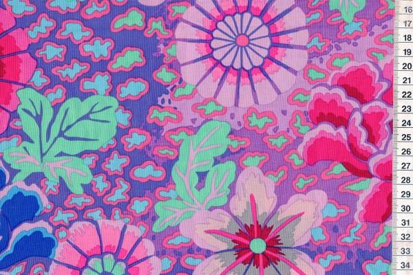 Kaffe Fassett Flowers purple